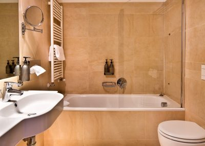 cenacolo_assisi_bathtub